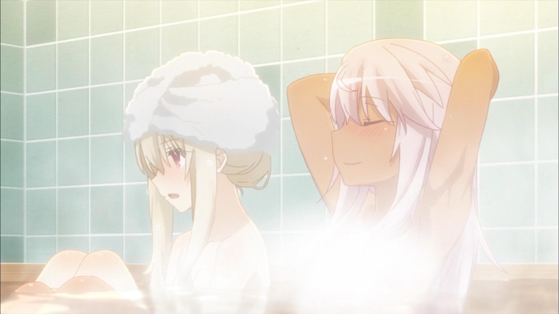 お風呂に入るイリヤとクロ
