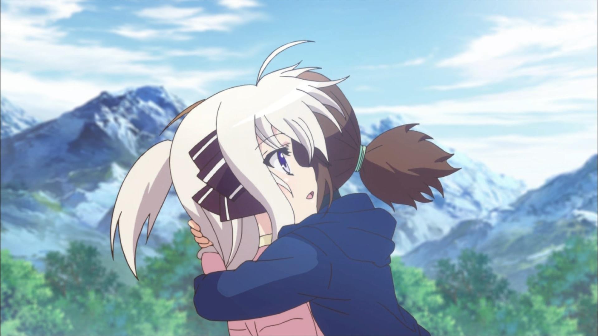 抱き合うフーカとリンネ(第11話画像)