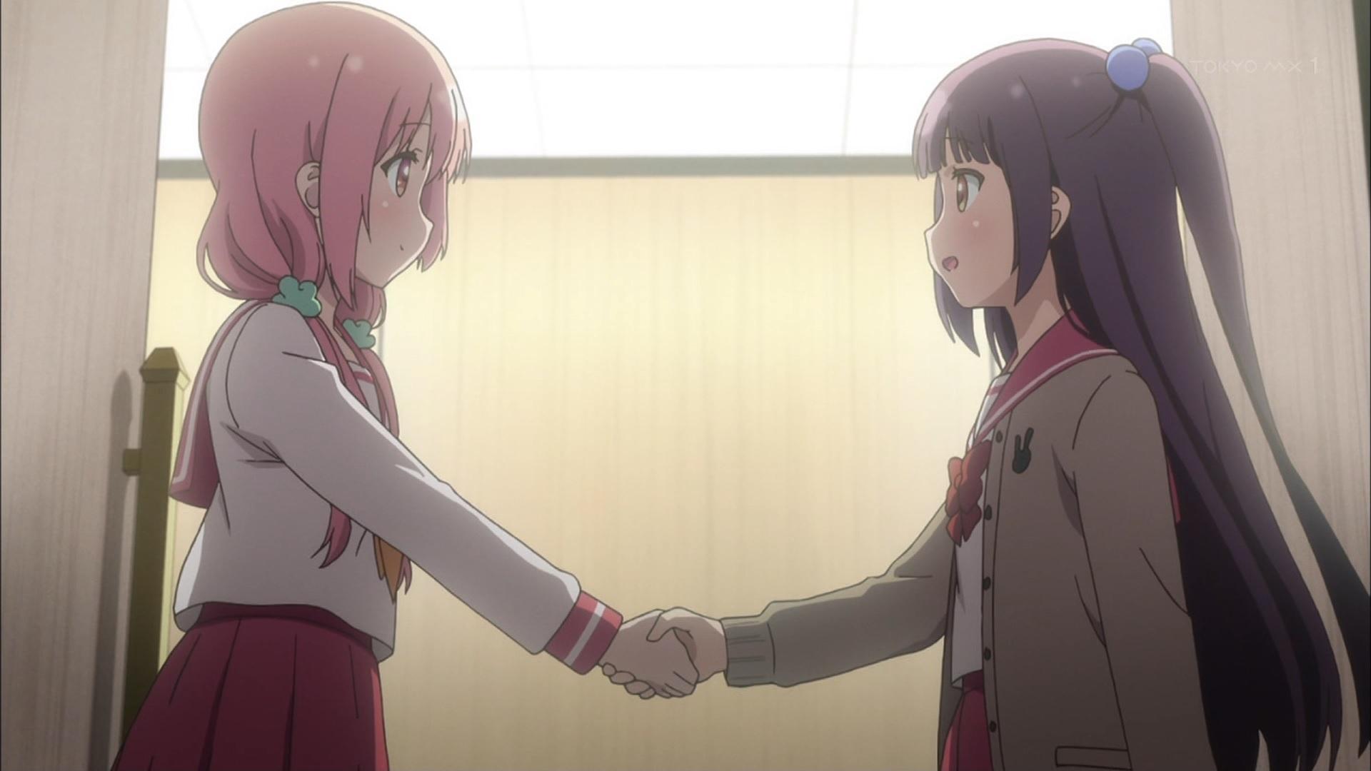 桜木ひな子と夏川くいなの握手