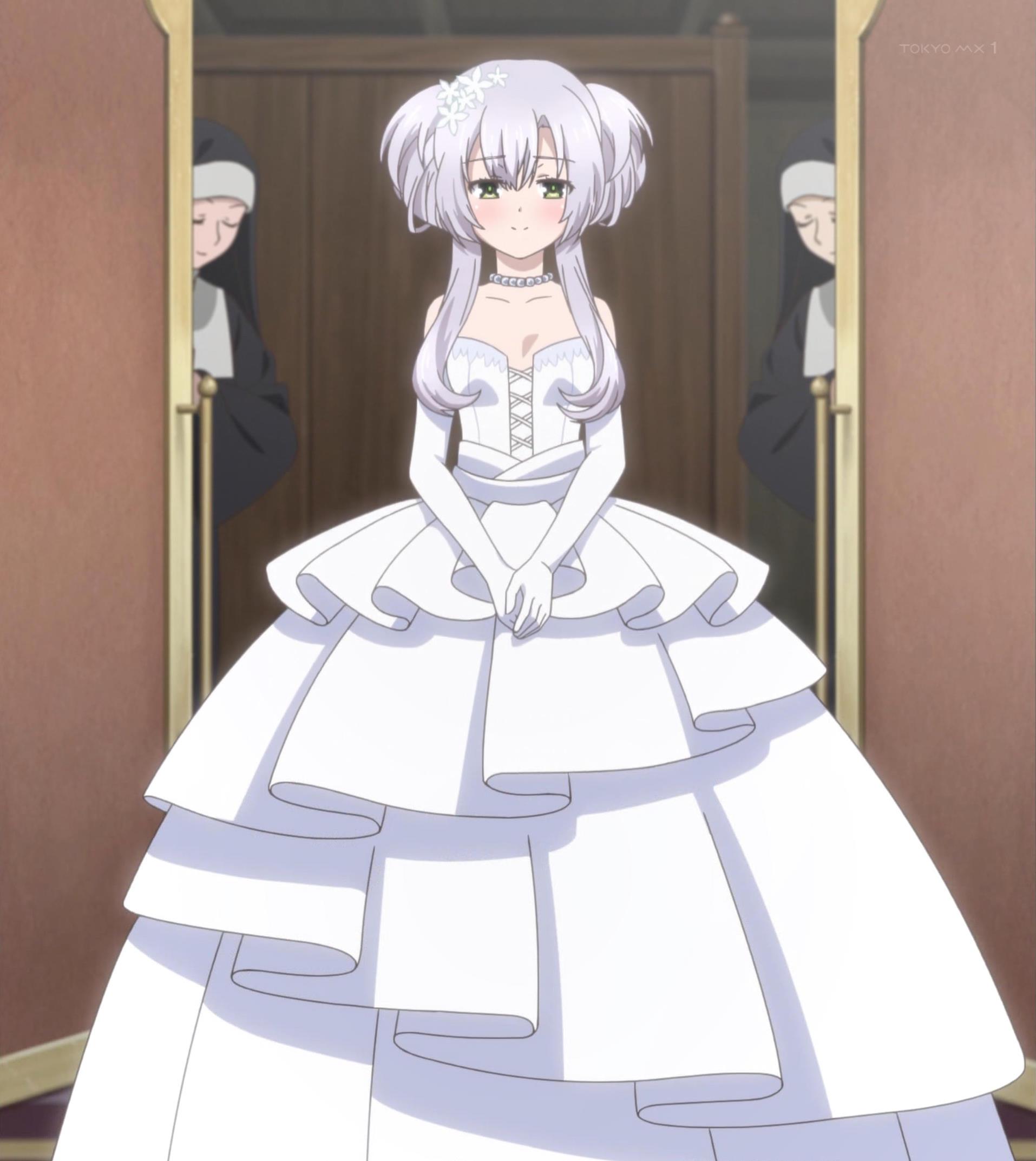 ウェディングドレスを着たシスティーナ