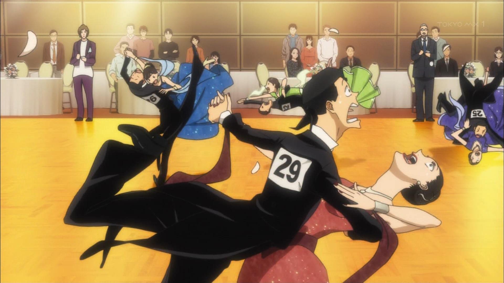 胸パッドで滑るダンサー