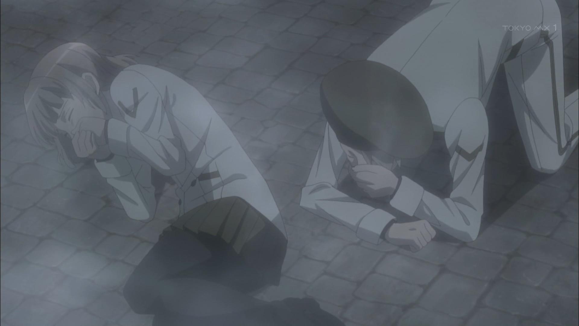 倒れるホムンクルス