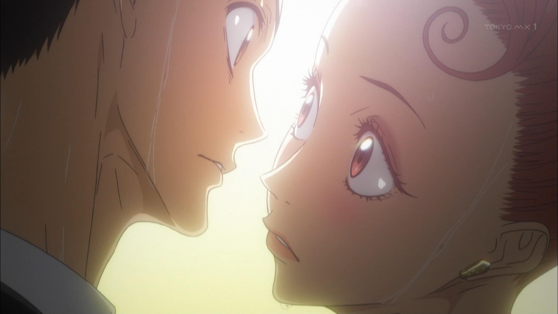 見つめ合う富士田多々良と緋山千夏