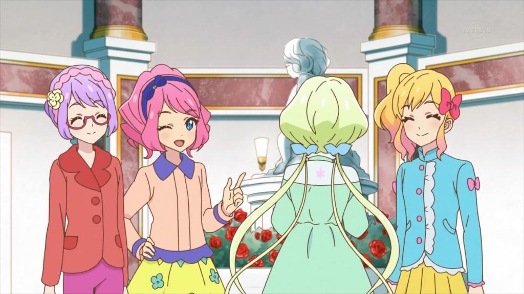 七倉小春と桜庭ローラと虹野ゆめの私服