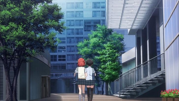 高咲侑と腕を組む上原歩夢